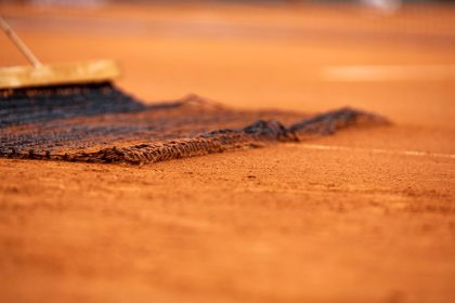 gravel tennisbaan